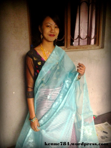 A beautiful girl wearing Innaphi